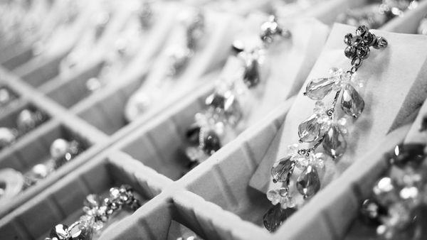 Za co kochamy biżuterię boho?