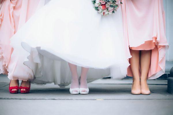 Moda weselna plus size - jak się ubrać?